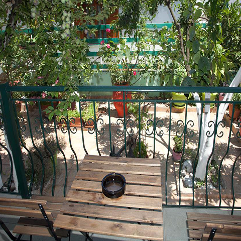 rooms to let in Evia